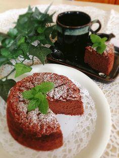 材料2つで*しっとり濃厚*チョコレートケーキ