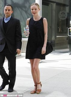 kate-bosworth2012-03-06_09-15-42heads-to-a-meeting