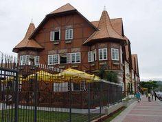 Vila Germânica em Blumenau - SC, por @paulaclaun @allesbraun @dataprisma.