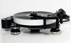 Rock-7-Vibration-Isolated-Turntable