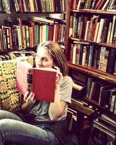 {Sniffing books like flowers} Instagram: @pennsylvaniaprep97 #books #reading #prep #preppy #prepster #fashion #photography