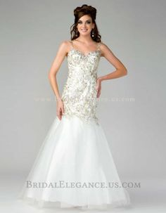 Mac Duggal dress for your next formal event at The Castle. We are an authorized retailer for all Mac Duggal dresses and every is brand new with all original tags! Fabulous Dresses, Nice Dresses, Formal Dresses, Wedding Dresses, White Evening Gowns, Evening Dresses, Open Back Prom Dresses, Mermaid Gown, Color Rosa