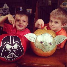 I Am Momma - Hear Me Roar: Star Wars pumpkins Star Wars Halloween, Halloween 2015, Halloween Night, Holidays Halloween, Halloween Pumpkins, Halloween Decorations, Fall Decorations, Halloween Ideas, Pumpkin Crafts