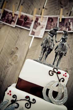Damn I wish I was a cowgirl, I would totally get this cake topper!