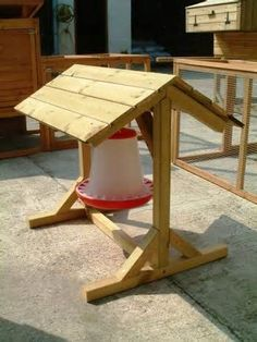 MINI Feeder Shelter at Wynnes Of Dinmore - Wynnes of Dinmore Cute Chicken Coops, Chicken Barn, Chicken Coop Run, Diy Chicken Coop Plans, Chicken Feeders, Chicken Life, Chicken Coop Designs, Backyard Chicken Coops, Chicken Runs