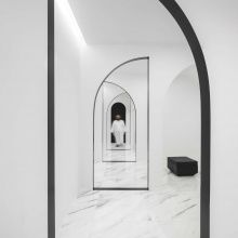 White is pure. It describe a strong spiritual experience as sacred or transcendent, or simply a sense of aliveness and interconnectedness◽◽ 📍Colinas do Cruzeiro Islamic Cultural Center, Lisbon, Portugal 📐 Estudio Amatam 📷 Invisible Gentleman Architecture Details, Interior Architecture, Interior Design, Religious Architecture, Modern Interior, Islamic Center, Study Rooms, Space Interiors, Prayer Room