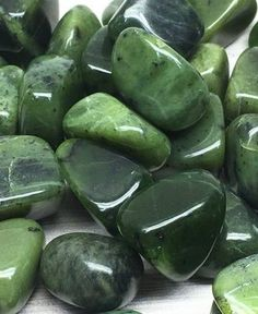Shop jade stones that are tumbled and polished smooth to fit in your pocket. These genuine natural jade crystals can be used in crystal grids and also make grea. Jade Crystal, Crystal Magic, Crystal Grid, Crystal Healing, Crystals And Gemstones, Stones And Crystals, Reiki Stones, Marah Woolf, Crystal Aesthetic