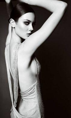 Model: Monika Jagaciak   Designer: Atelier Versace Fall Winter 2010 2011