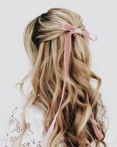 Holiday hair bows #hairstyle