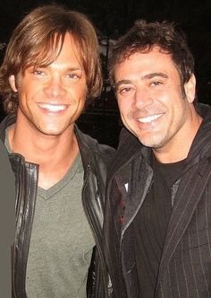 I knew Jeffrey and Jensen looked a lot alike, but dang! I didn't realize how much he and Jared do too! Chuck bless the casting directors seriously