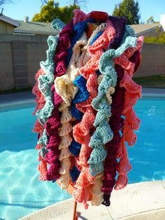 Easy 4 row ruffle twisty twirly  crochet scarf!!