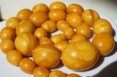 Antique baltic states natural amber necklace 71 grams ,ancient necklace, rare.