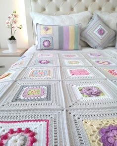 the evening # # our team likes # 🙈😃 # made me me # it was worth it # it was worth it – crochet pattern Crochet Bedspread, Crochet Quilt, Afghan Crochet Patterns, Crochet Squares, Crochet Motif, Crochet Designs, Crochet Flowers, Crochet Stitches, Knit Crochet