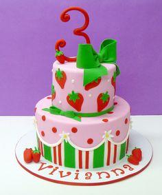 fairytale castle wedding cake Strawberry Birthday Cake Ben The Cake Man's photostream Fondant Cakes, Cupcake Cakes, Strawberry Shortcake Birthday, Girl Cakes, Love Cake, Macaron, Savoury Cake, Pretty Cakes, Creative Cakes