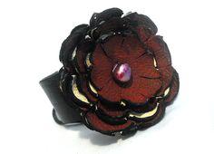 Flower cuff bracelet. Leather bracelet