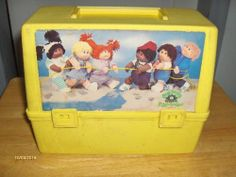 {Searching for kids toy tips? 1980s Childhood, My Childhood Memories, Vintage Lunch Boxes, Boite A Lunch, Cabbage Patch Kids, Old Toys, The Good Old Days, Baby Toys, 1990s