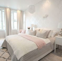 Better late than never😄 It's my time to go to bed but first I want to show you our bedroom before and after a few changes. More pictures… Beautiful Bedrooms, Room Design, Bedroom Makeover, Home Bedroom, Bedroom Interior, Living Room Decor, Home Decor, Bedroom Inspirations, Remodel Bedroom
