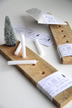 DIY Idee: moderner Adventskranz aus Holz im skandinavischen Stil / diy idea: mod., : DIY Idee: moderner Adventskranz aus Holz im skandinavischen Stil / diy idea: mod…, Noel Christmas, Winter Christmas, Christmas Crafts, Christmas Decorations, Xmas, Christmas 2019, Advent Candles, Navidad Diy, 242