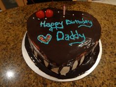 The 105 Happy Birthday Dad in Heaven Quotes Happy Birthday Papa Cake, Happy Birthday Chocolate Cake, Happy Birthday In Heaven, Birthday Chocolates, Birthday Wishes For Myself, Happy Birthday Wishes, Chocolate Cupcakes Decoration, Food Snapchat, Snapchat Makeup