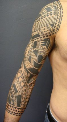 20 Traditional Samoan Tattoo Designs And Meanings You are in the right place about Black And Gray Tattoos for women Tribal Tattoos For Men, Cool Arm Tattoos, Full Sleeve Tattoos, Arm Tattoos For Guys, Trendy Tattoos, Tattoo Sleeves, Feminine Tattoos, Polynesian Tattoo Designs, Maori Tattoo Designs