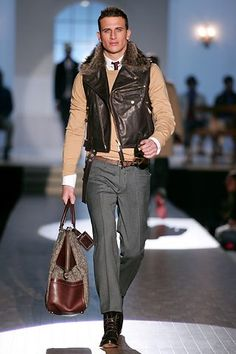 See the complete Dsquared2 Fall 2005 Menswear collection.