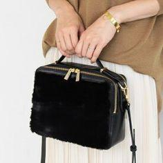 a806b73cfa28 7件】ファーバッグ   おすすめ画像   Purses、Bag design、Fur accessories