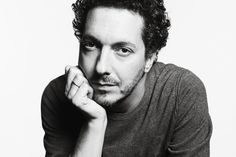 Guillaume Gallienne, Music Icon, Portraits, Comedians, Fascinator, Brave, Actresses, Actors, Black And White