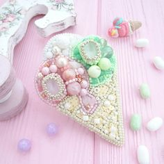 Brooch ice cream