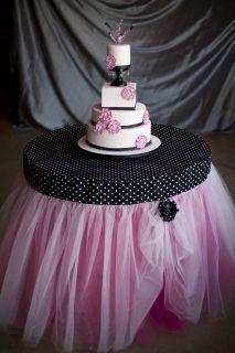 Love this tutu table skirt!