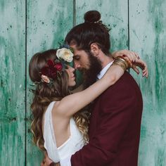 Another burgundy love here, I especially like it when the groom chooses a non-traditional outfit to reflect his unique style. This relaxed boho style shoot is by Italian photographer @margherita_calati_photography via @bridalmusings Every picture is stunning, really hard to choose my favourite! Love is in the air  #SeventhDayOfChristmas