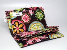 The Cash Wallet (I might just buy this if I can't find the time to sew my own envelopes or maybe a present?)