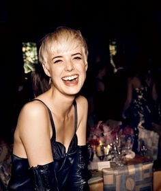 The 19 Best Boy Cuts of All Time: From Jean Seberg to Keira Knightley – Vogue - Agyness Deyn Dark Blonde Hair Color, Alternative Hair, Pixie Crop, Pixie Haircut, Haircut Inspiration, Blonde Moments, Agyness Deyn, Pixie Hairstyles, Hair Styles
