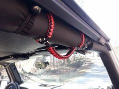 This is for a JK/JKU 4-door 2007-2017 ONLY paracord grab handles in Gunmetal GraySet includes: two front grab handles that wrap around the roll bar w/4: 3/16 bo