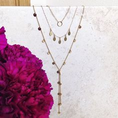 ✨✨Dainty gold layering necklaces and chokers ✨✨