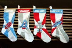 Free Retro Space Age Stocking Tutorial! Includes free pattern and detailed instructions.