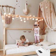 Enjoy your sunny saturday! Lieben Dank an Dich liebe Ilona von @3elfenkinder für dieses wundervolle Bild! Ein wahrer Kindertraum mit unserer good moods Lichterkette! We it! #goodmoods #lichterkette #stringlights #kids #kidsroom #children #hausbett #housebed #dream #love #colors #lights #goodmood #kidsofinstagram #saturday #mood #home #interior #design #living #decoration #bed #bedroom #toddlerlife