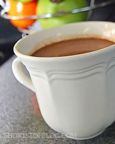 When I wanted a mug of hot chocolate, I used to rip open the ol& Swiss Miss packets. Because for my whole life, that& what hot chocolate . Chocolate Diy, Homemade Hot Chocolate, Hot Chocolate Mix, Hot Chocolate Recipes, Mini Chocolate Chips, Melting Chocolate, Swiss Miss Hot Chocolate Recipe, New Recipes, Favorite Recipes