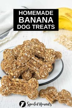 Banana Dog Treats made with ripe bananas, rolled oats, and cinnamon. Get the easy recipe and find out how to make the best banana treats for dogs. These crunchy homemade banana dog treats are less expensive than store-bought and have simple ingredients with no preservatives. #dogtreats #homemadedogtreats #diydogtreats