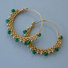 Gold and Green Onyx Tribal Hoops Gold Jewellery Design, Bead Jewellery, Wire Jewelry, Jewelry Gifts, Beaded Jewelry, Jewelery, Jewelry Accessories, Gold Jewelry, Beaded Tassel Earrings