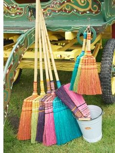 Great idea to color old brooms and place them in the corner of a plainer kitchen how to do this? what dye to use Wedding Broom, Wedding Decor, Sweeper Broom, Brooms And Brushes, Jumping The Broom, Swedish Cottage, Easy Halloween Decorations, Free People Blog, Witch Broom