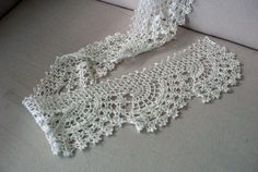 crochet lace scarf, pattern from Keito Dama