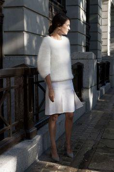 デートスタイル 全身白 モヘア