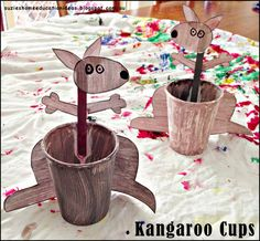 9 Australian Animal Craft ideas with printable instructions and links. Australian Animals, Australian Art, K Crafts, Crafts For Kids, Children Crafts, Animal Farm Study Guide, Aussie Christmas, Cultural Crafts, Work In Australia