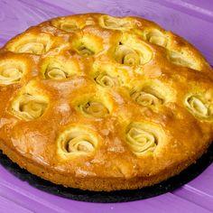 """Cea mai bună """"Prăjitură cu mere"""" din toate ce le-ați pregătit până acum! Descoperiți o rețetă de notă 10! - savuros.info Deserts, Food And Drink, Cookies, Mai, Sweet, Sweets, Crack Crackers, Candy, Desserts"""
