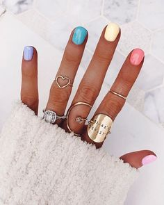 Want some ideas for wedding nail polish designs? This article is a collection of our favorite nail polish designs for your special day. Spring Nail Trends, Nail Designs Spring, Cute Nail Designs, Spring Nails, Summer Nails, Gradient Nails, Rainbow Nails, Acrylic Nails, Coffin Nails