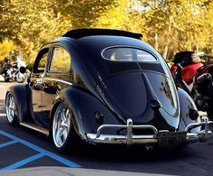 Fusca black..Re-pin brought to you by #OregonInsuranceagents at #houseofinsurance in #EugeneOregon
