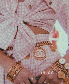 Imagem de aesthetic, art, and bag Bedroom Wall Collage, Photo Wall Collage, Picture Wall, Bedroom Posters, Aesthetic Pastel Wallpaper, Pink Wallpaper, Aesthetic Wallpapers, Wallpaper Quotes, Wallpaper Backgrounds