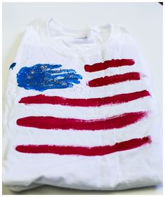 Fourth of July Kids Activities - Hand and Stripes T-shirt Tutorial via Babbaco