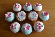 Love the colour combination of these birthday cupcakes | Flickr - Photo Sharing!