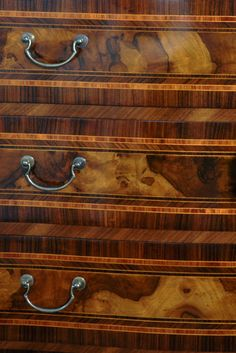 Particular drawers Art. 366 Visit the website: www.vangelistamobili.it